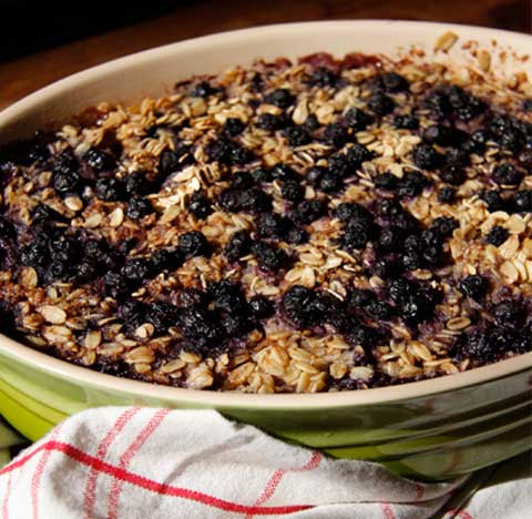 Baked Oatmeal with Bananas, Blueberries and Walnuts