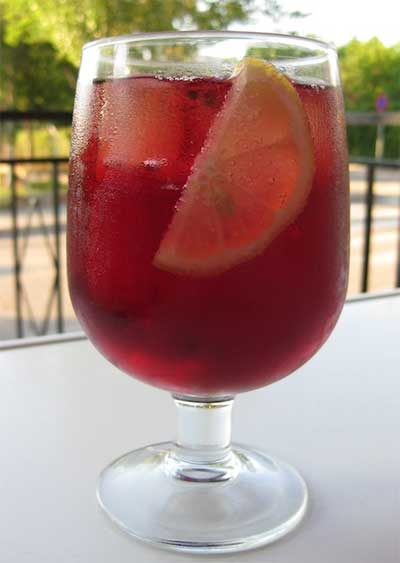 Tinto de Verano (sparkling lemonade and cheap red wine)